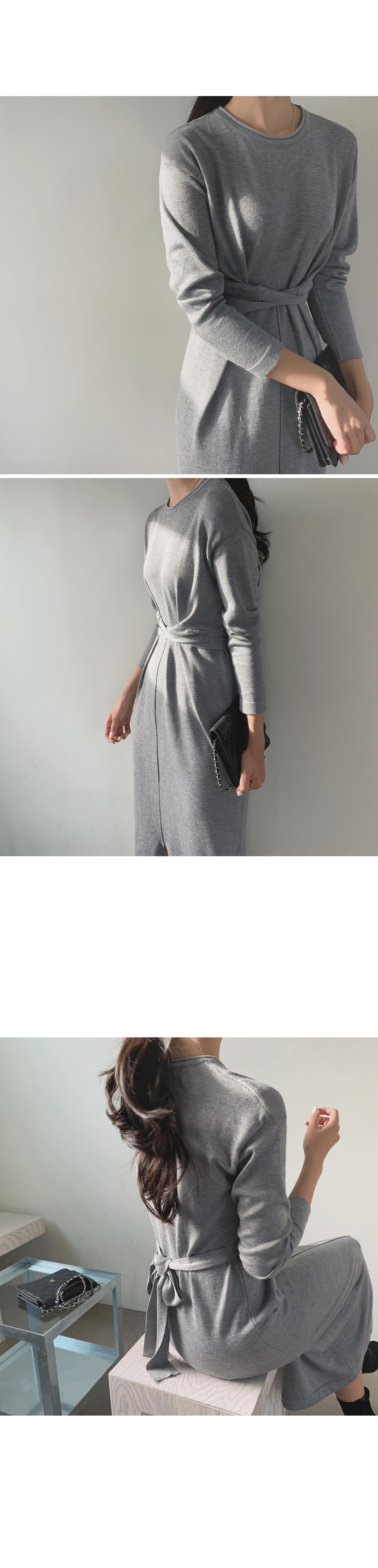 Twist Waist Knitted Dress-holiholic.com